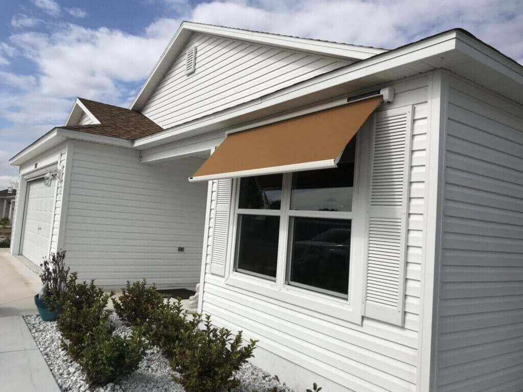 Sol-Lux Retractable Awnings